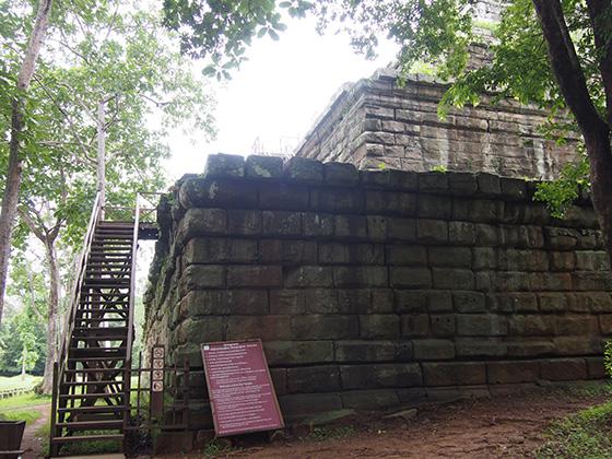 カンボジアのコーケ遺跡006