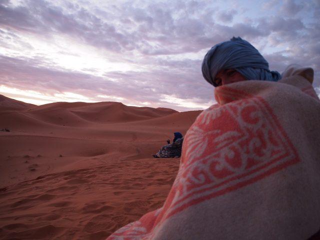 サハラ砂漠 日の出 持ち物 06