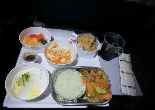 アエロメヒコ航空22