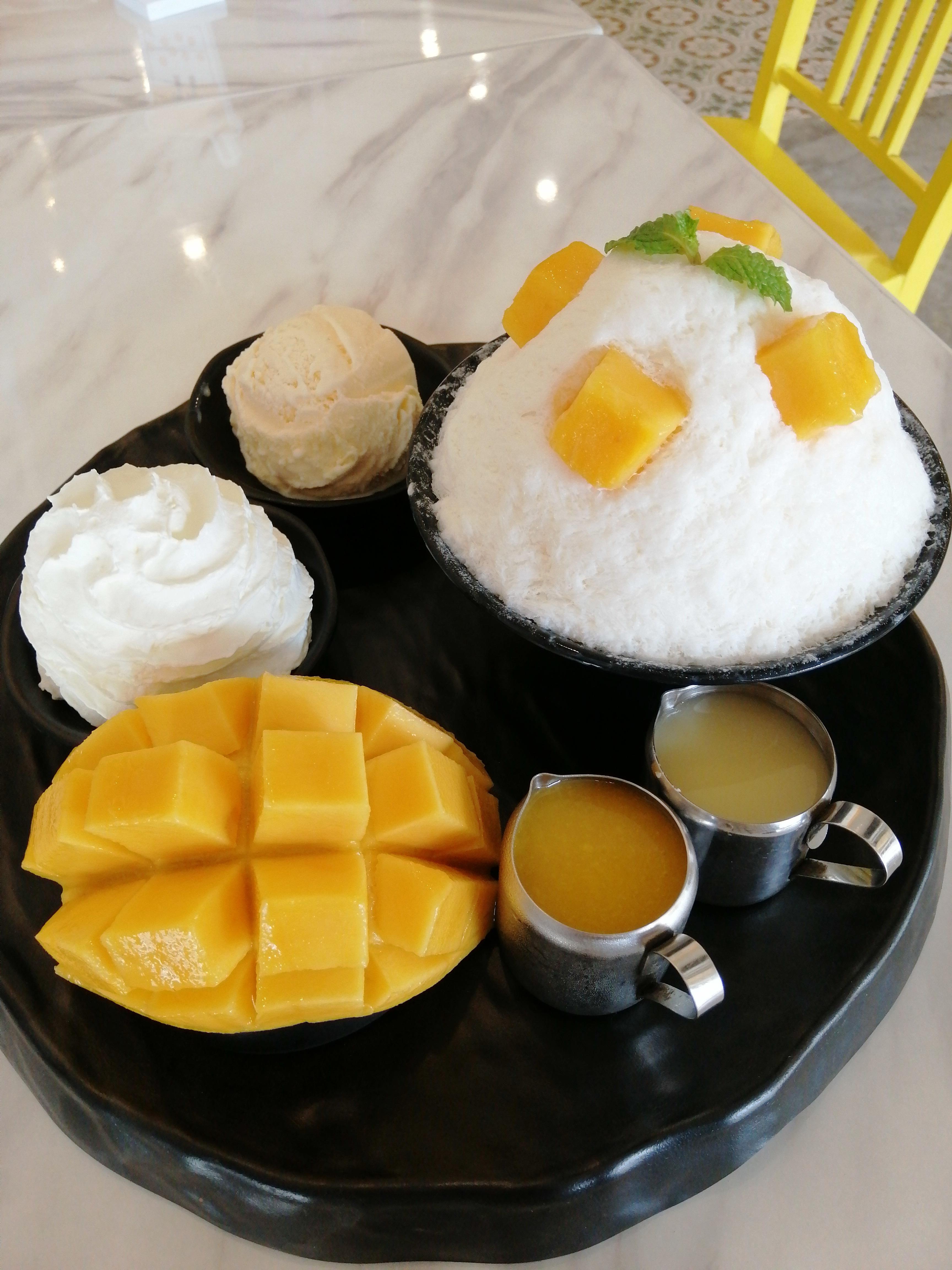 "Thai_Phuketoldtown_mellowyellow_binsu_001"""""