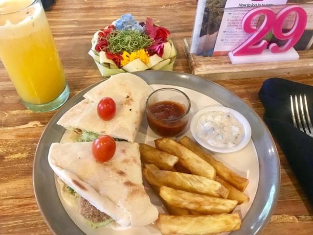 Bali_Ubud_Clear-Cafe-Ubud_8