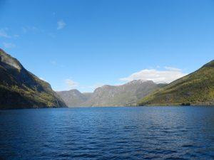 大自然を堪能!ナットシェル利用でノルウェーのフィヨルド周遊体験レポート!