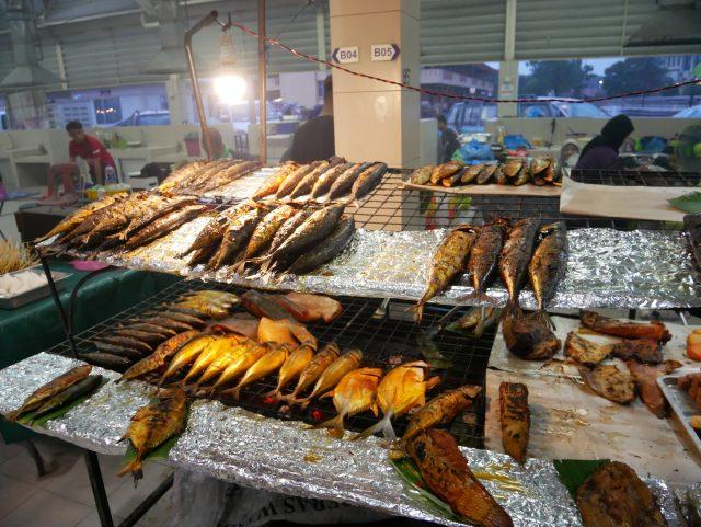 """Brunei_GadongNightMarket_fish_1"""""""""""
