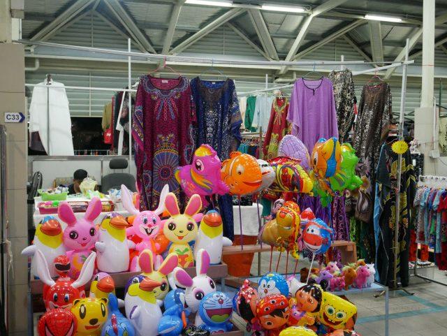 """Brunei_GadongNightMarket_goods_1"""""""""""