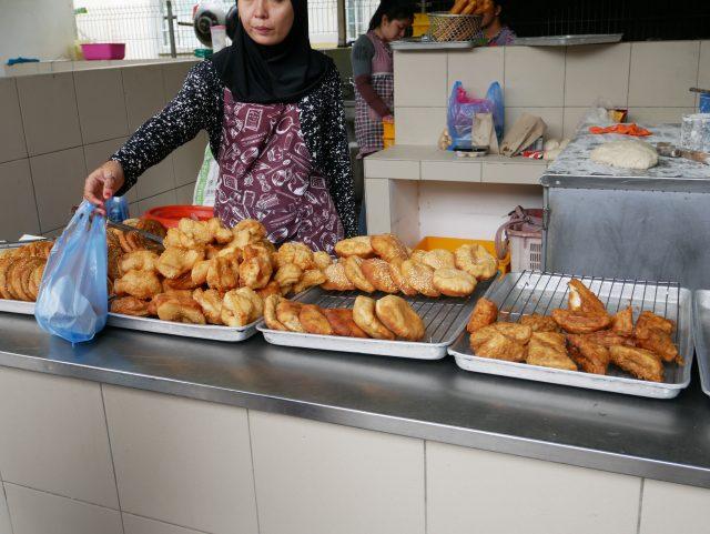 "Brunei_TamuKianggeh_market_food_2"""""