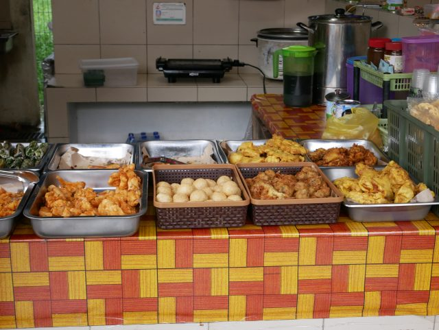 "Brunei_TamuKianggeh_market_food_3"""""