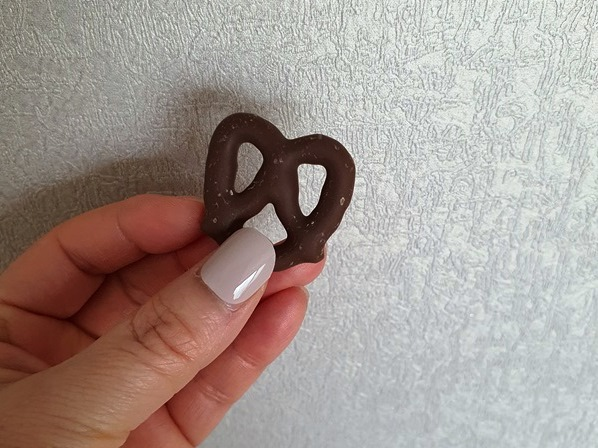 PEACOOKのチョコプレッツェル詳細