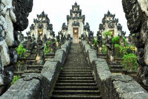 【バリ島観光】が分かる!おすすめ15選 幻想的な寺院・絶景ビーチなど|旅行予算・基本情報も