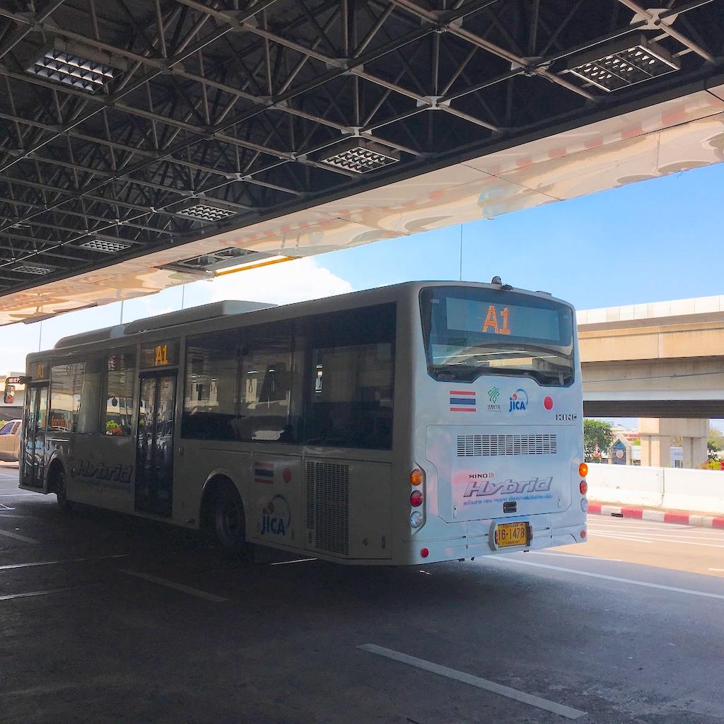 ドンムアン空港バス