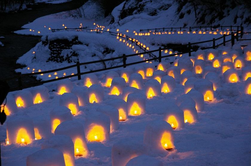 湯西川温泉かまくら祭