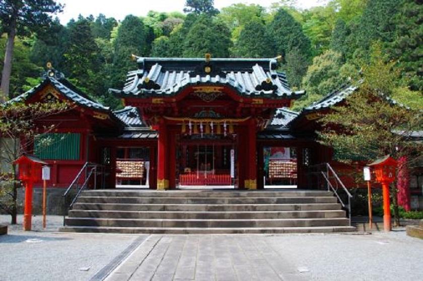 箱根神社正面