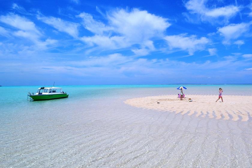 百合ヶ浜の海