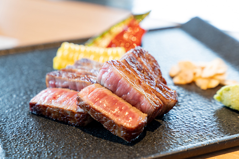 宮古牛フィレのステーキ