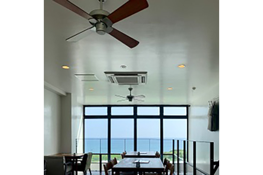 soraniwa hotel and café内観